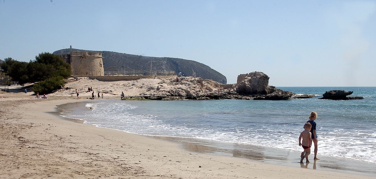 Playa Ampolla